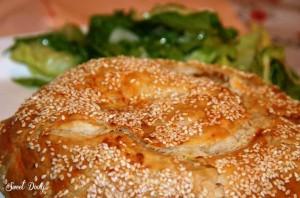 מאפה חצילים עם גבינה מלוחה פסטל קון מרנג'נה