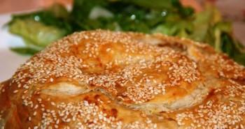 מאפה חצילים בורקס עם גבינה מלוחה - פסטל קון מרנג'נה
