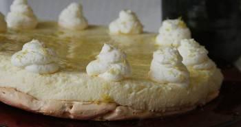 עוגת מוס לימון חלומית