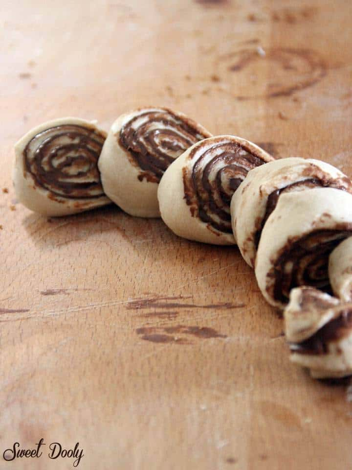 שבלולי שמרים עם שוקולד