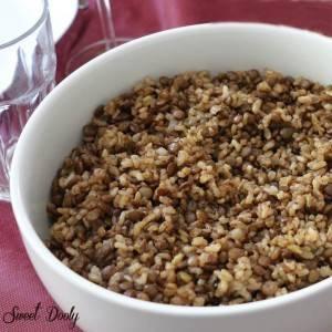 מג'דרה תבשיל אורז עם עדשים