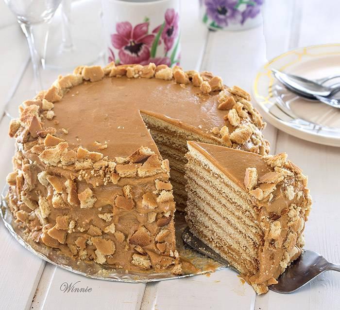 עוגת-דבש-מיוחדת-בשכבות-עם-ריבת-חלב-ב