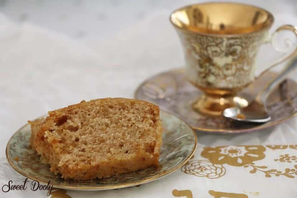 עוגת דבש עם רסק תפוחים