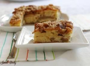 עוגת תפוחים שמכינים במהירות של סבתא גלילה
