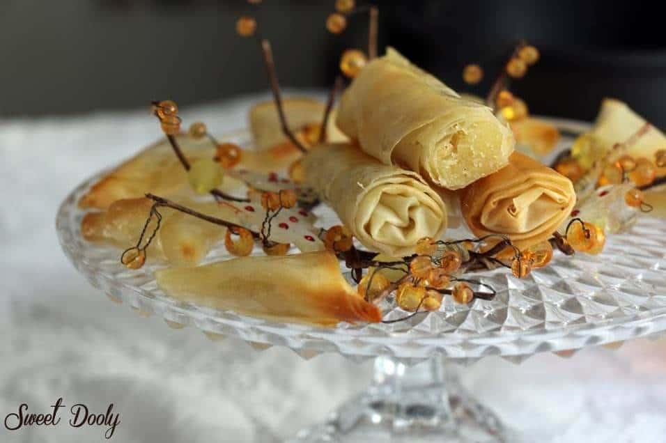 עלי פילו ממולאים בשקדים טחונים בסירופ מתוק