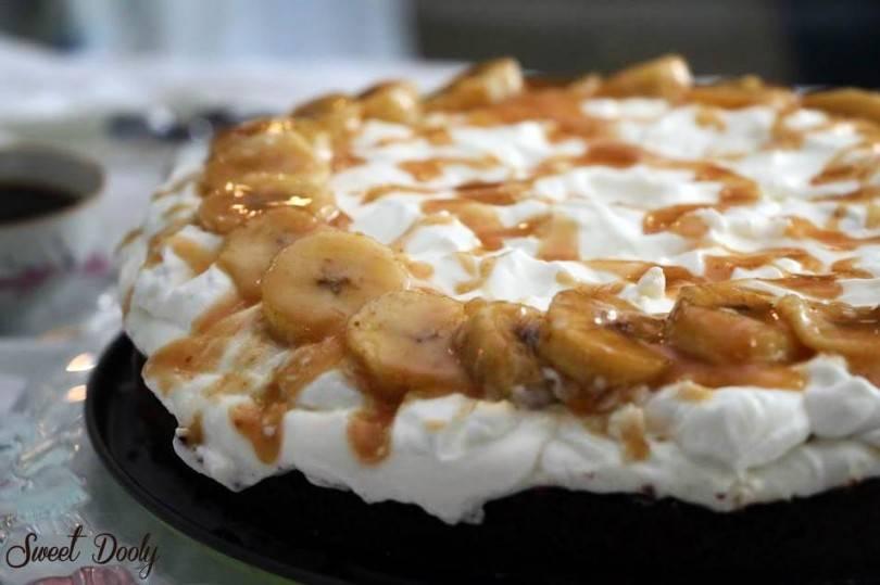 עוגת בראוניז שוקולד בננות מקורמלות וטופי
