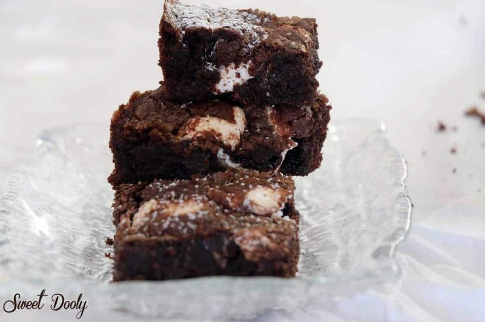 מתכון לבראוניז שוקולד עם מילוי קרמבו