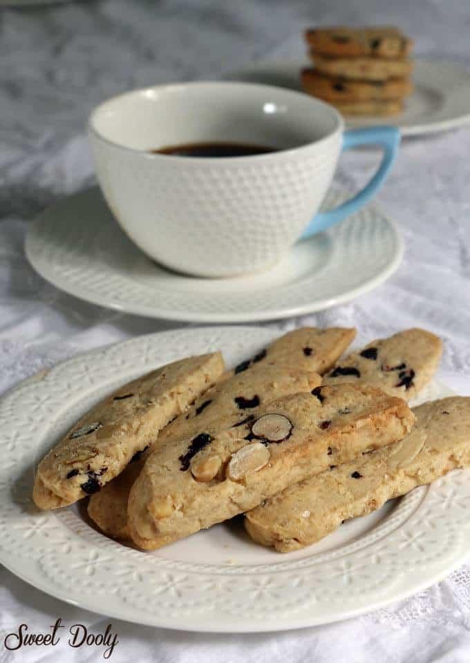 מתכון לעוגיות קנטוצ'יני פירות יבשים
