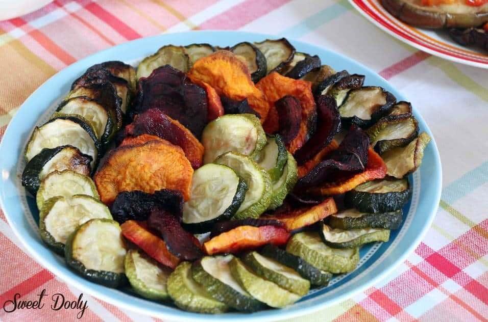 איך מכינים ירקות בתנור בצורת מניפה?