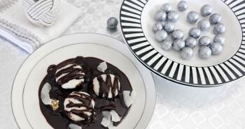 קוקוס במרק שוקולד