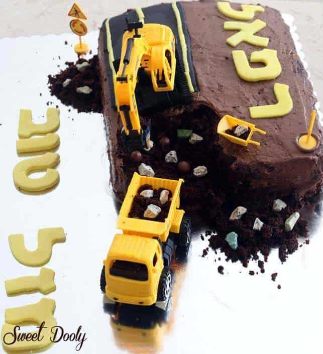 עוגת טרקטור עוגת אתר בניה