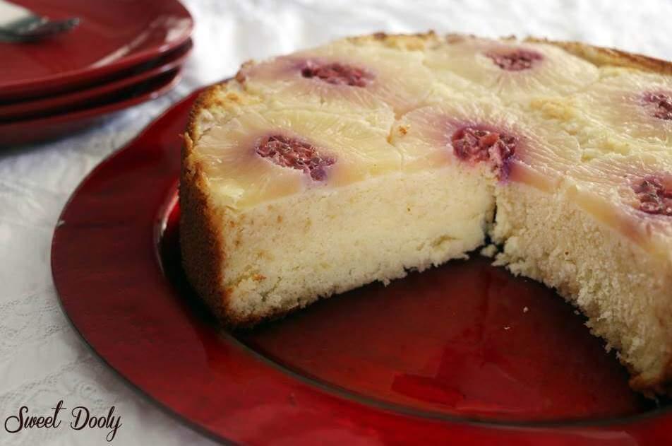 עוגת אננס הפוכה עם פירות יער עוגת טורט נפלאה