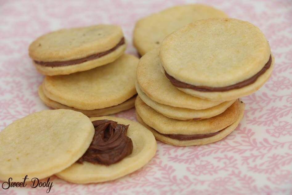 עוגיות סנדויץ שוקולד