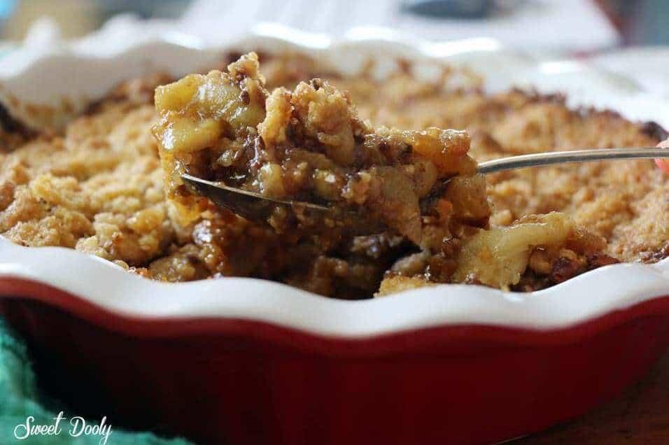 מאפה תפוחים גרנולה וקרמבל