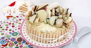עוגת גבינה קרה מושלמת עם ממתקים