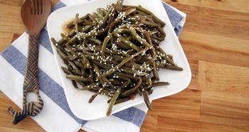 שעועית ירוקה עם סויה ושומשום מתכון מהיר וטעים