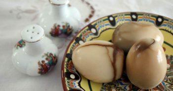 איך מכינים חמינדוס, ביצים קשות חומות