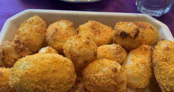 תפוחי אדמה בתנור קריספיים ומצופים