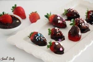 תותים מצופים בשוקולד מושלמים!
