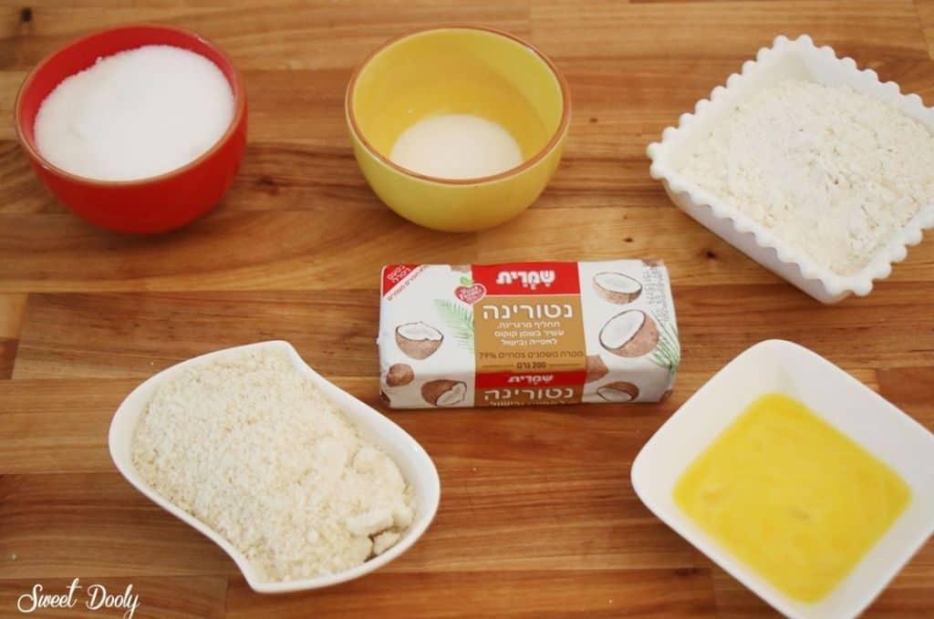 עוגת גבינה פירורים וקרמבל דובדבנים