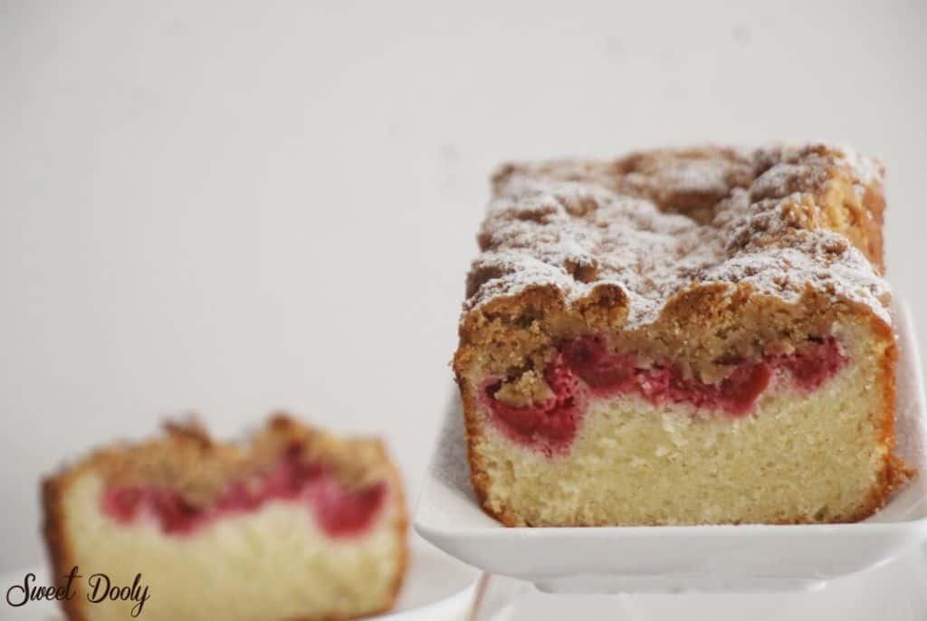 עוגת פירות בחושה עם שטויזל