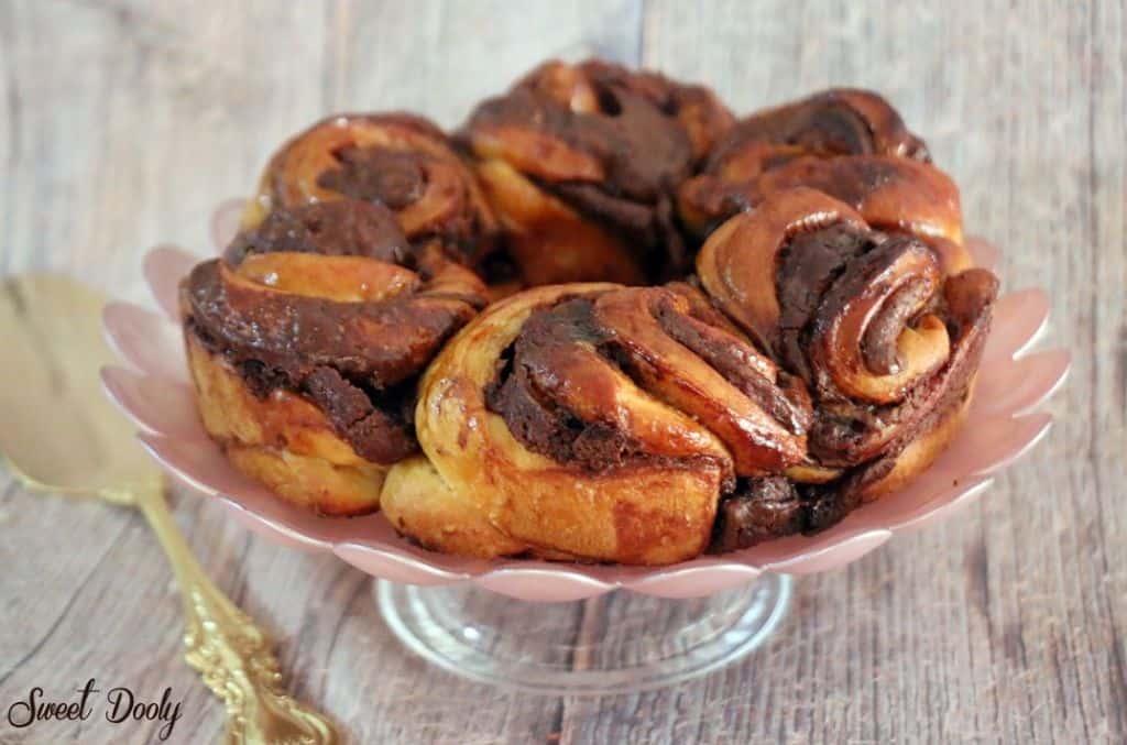 עוגת שושני שמרים ושוקולד