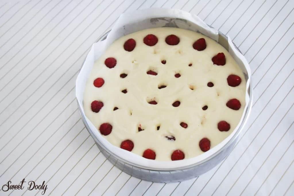 עוגת גבינה אפויה עם פטלעוגת גבינה אפויה עם עוגת גבינה אפויה עם פטל