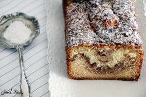 עוגה בחושה אגוזים וקינמון