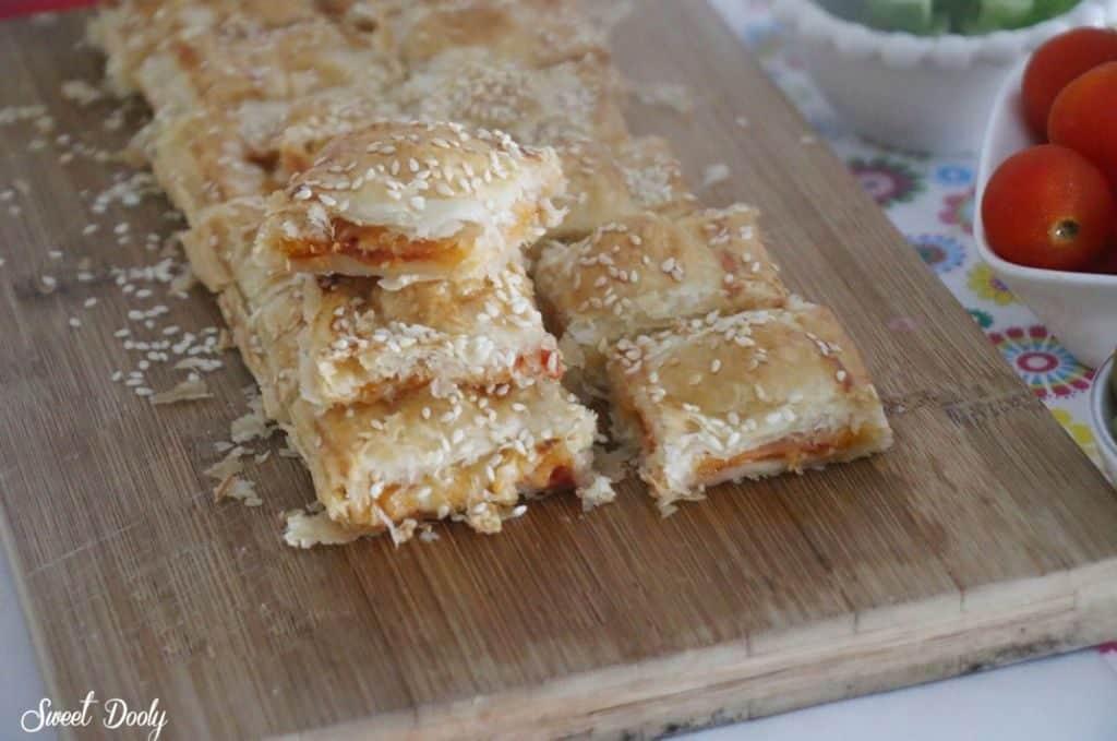 חטיפי פיצה מבצק עלים
