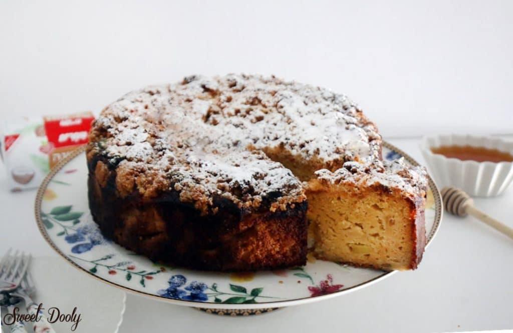 עוגת דבש תפוחים ושטרויזל פרווה
