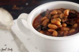 מרק שעועית לבנה ופטריות