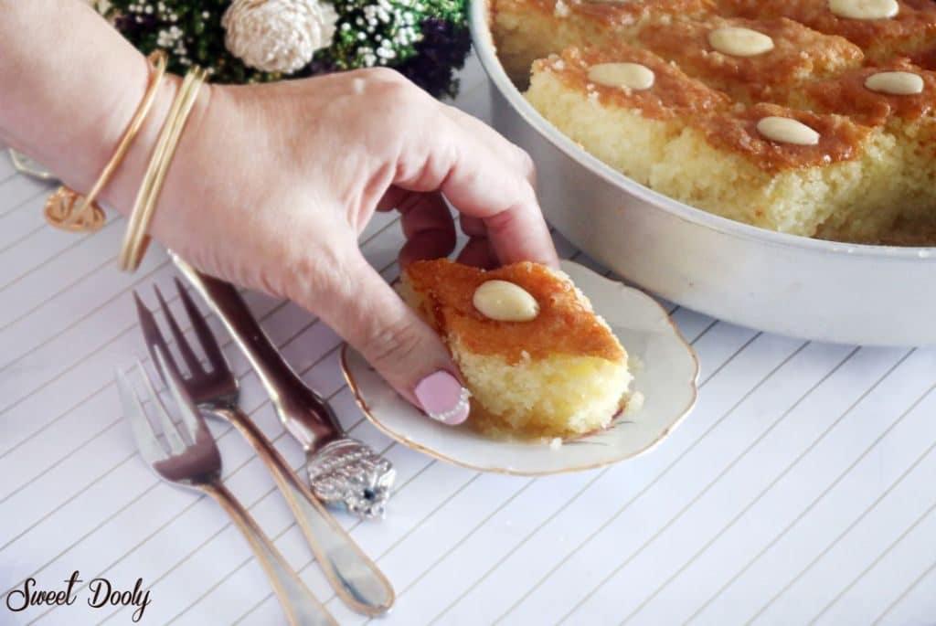 עוגת סולת פרווה בחושה