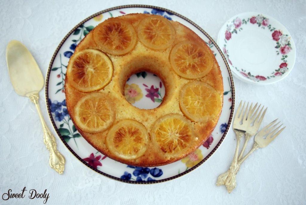 עוגת תפוזים עם תפוזים מסוכריםעוגת תפוזים עם תפוזים מסוכרים