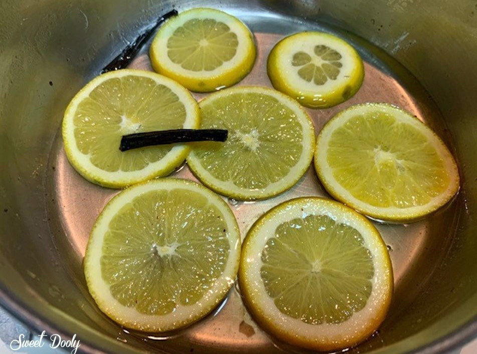 עוגת תפוזים עם תפוזים מסוכרים