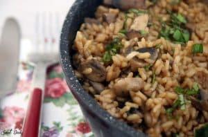 אורז עם פטריות בסיר אחד