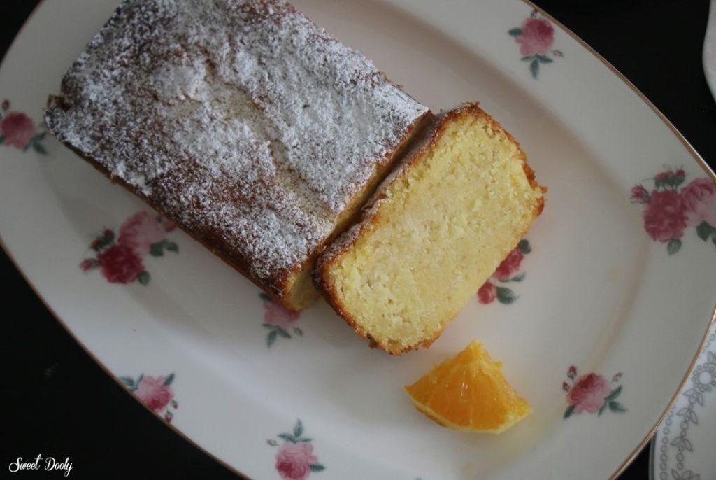 עוגת תפוזים ושקדים עם סירופ