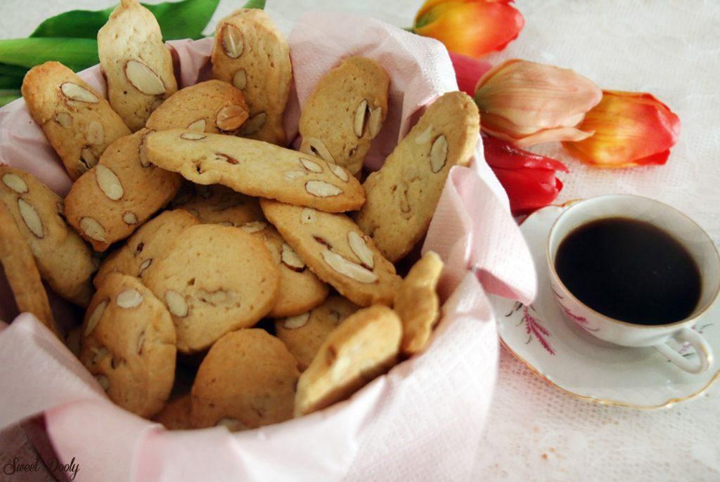 מתכון לעוגיות פירות יבשים פרווה