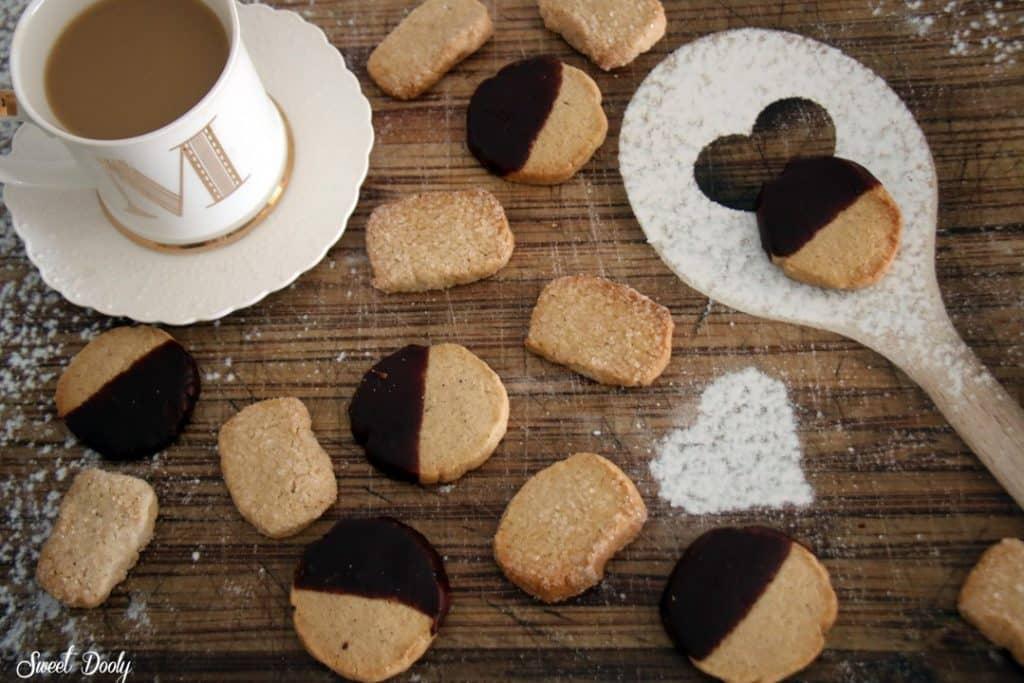 עוגיות קינמון משלושה מצרכים בלבד