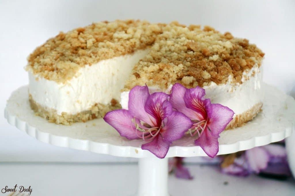 עוגת גבינה פירורים קלאסית קרה