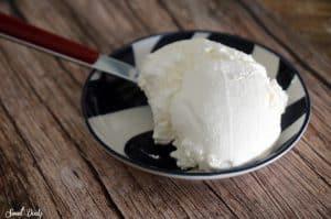גבינת שמנת ביתית קלה להכנה