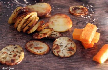 צ'יפסים דקים מתפוחי אדמה בתנור