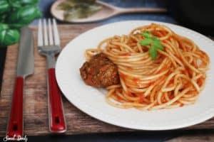 ספגטי וקציצות בשר בסיר אחד