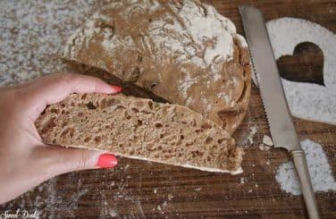 לחם מחמצת טבעוני ללא לישה