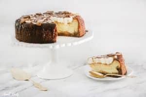 עוגת גבינה תפוחים וקצפת