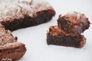 בראוניז שוקולד פרווה מחמישה מצרכים בלבד