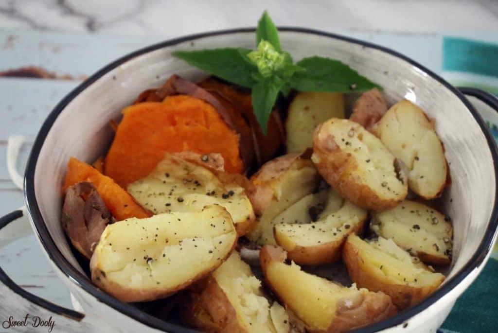 תפוחי אדמה במלח גס בתנור