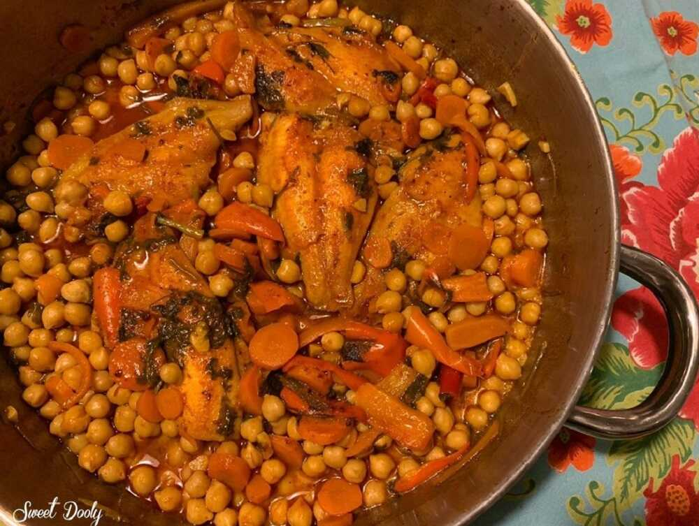 דג מרוקאי עם חומוס וגזר
