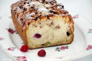 עוגה בחושה עם תפוחים ופטל