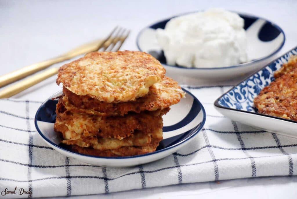 לביבות ירק עם גבינה מלוחה