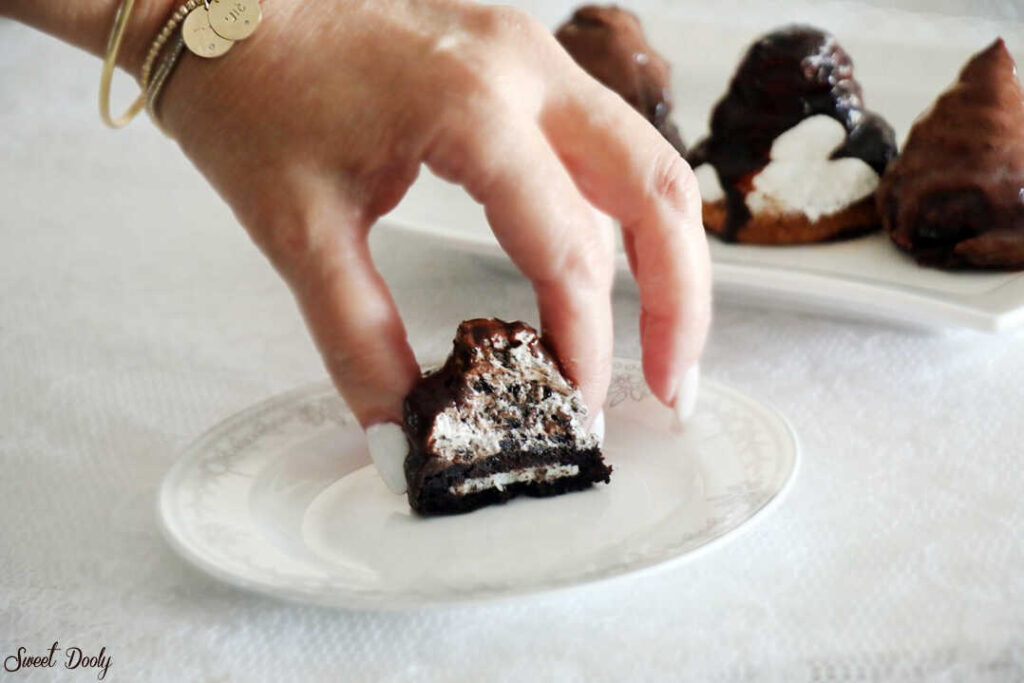 קרמבו אוראו ביתי בציפוי שוקולד